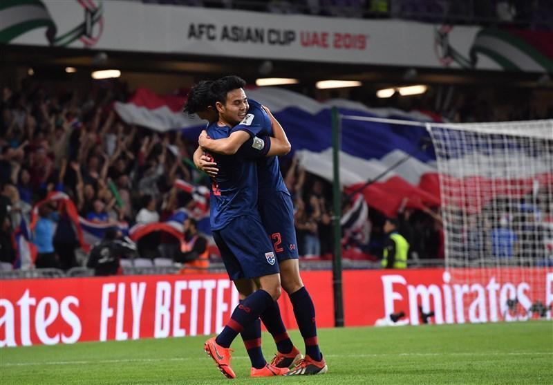 جام ملت های آسیا، برتری یک نیمه ای تایلند مقابل چین
