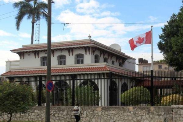 کانادا دیپلمات های خود در کوبا را به نصف کاهش می دهد