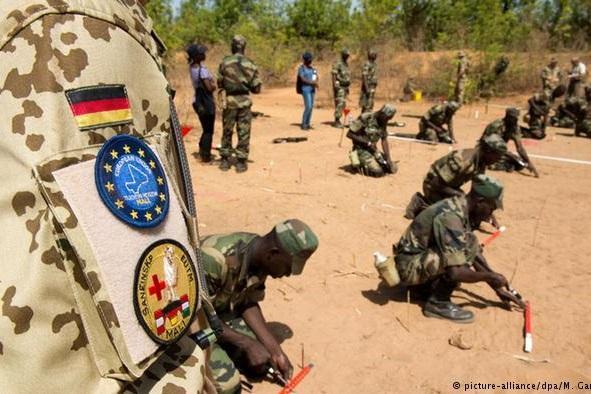 حمله به مرکز آموزش نظامی اتحادیه اروپا در اقتصادی