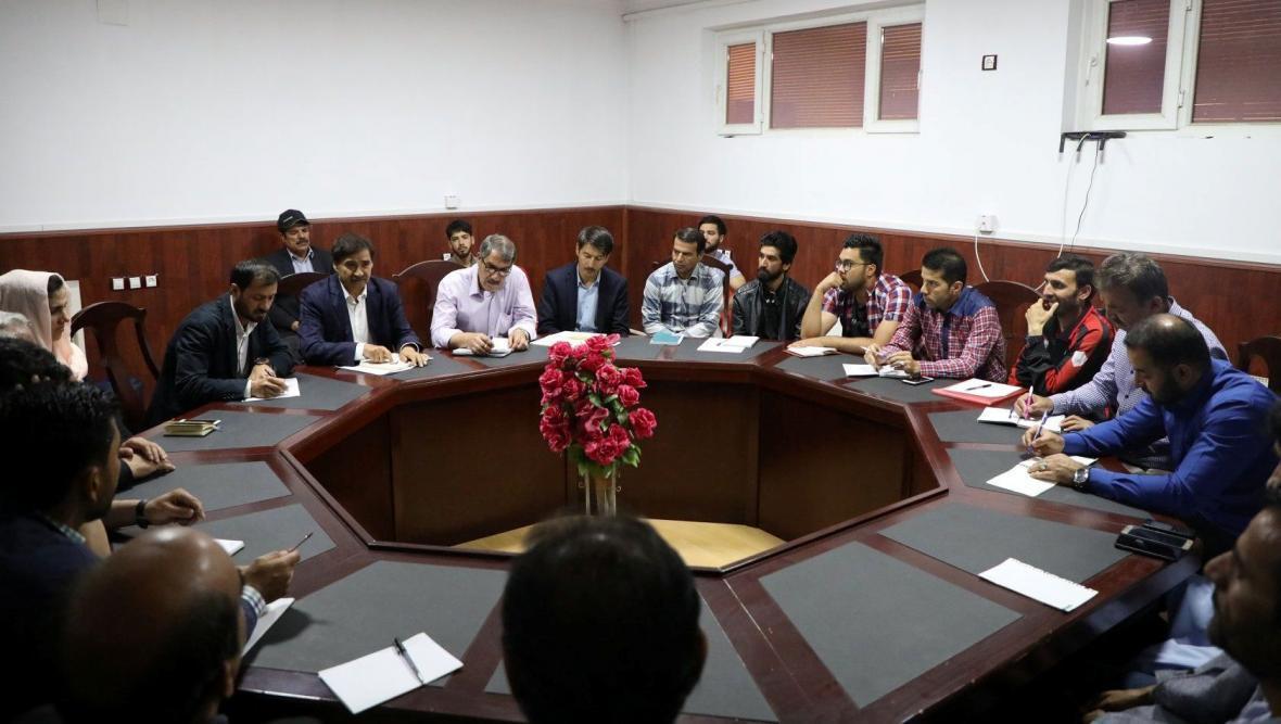 مسائل تیم ملی فوتبال افغانستان حل می گردد