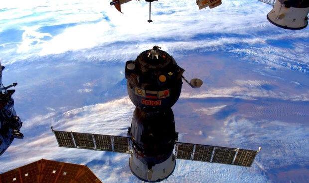 3 فضانورد به زمین باز می گردند