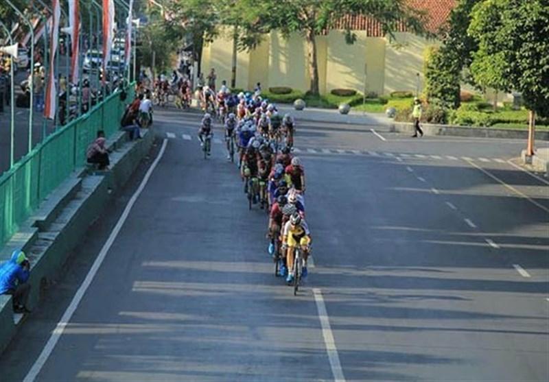 عنوان سومی گنج خانلو در مرحله سوم مسابقات دوچرخه سواری تور اندونزی