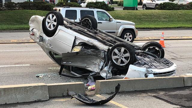 تصادف سه سرویس مدرسه در هرمزگان به مصدومیت 11 دانش آموز و سه راننده منجر شد