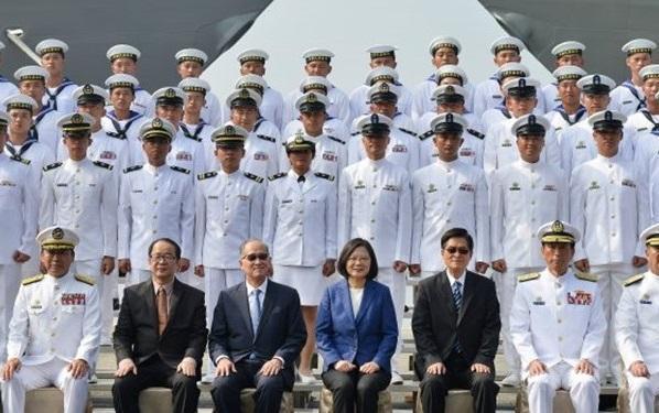 دعوت تایوان از متخصصان ارتش آمریکا برای مقابله با چین