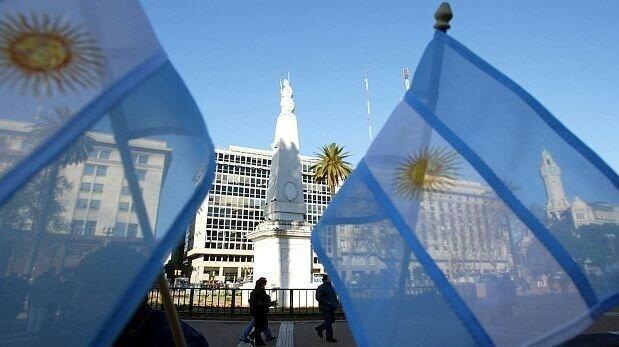 آرژانتین هم مرزهای خود را بست