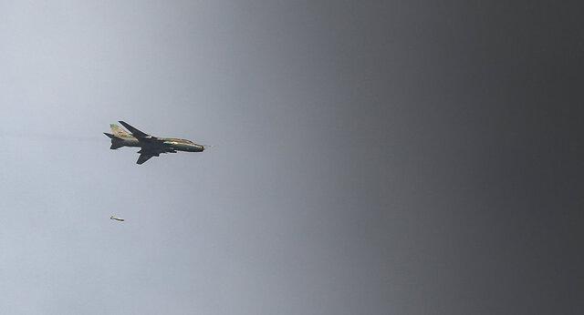 بزرگترین انبار مهمات جبهه النصره توسط جنگنده های سوریه منهدم شد