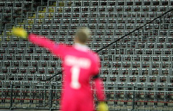 پیروزی آرسنال و شکست سنگین میلان در لیگ اروپا
