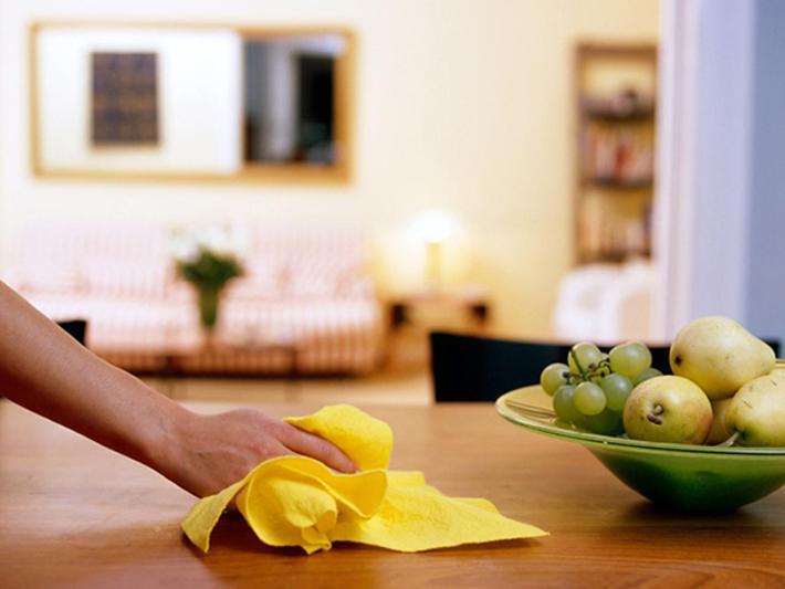 روش های کاربردی برای تمیز کردن میز تلویزیون